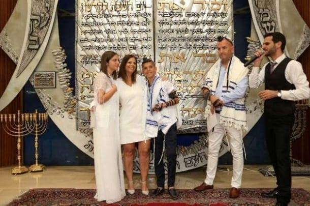 הזמר אסף שפר – כניסה מיוחדת לבר/בת מצווה
