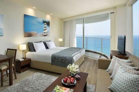 מלון רמדה – חדרה