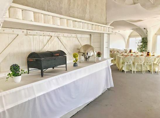 האולם הלבן – חוף בצת